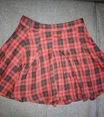 H&M karirana suknjica kao nova