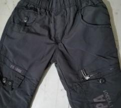 Debele pantalone šuškave veličina 4