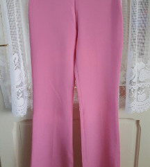 Prelepe roze pantalone