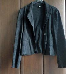 Crni sako sa šarama