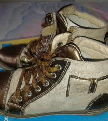 Polino duboke cipele, broj 35