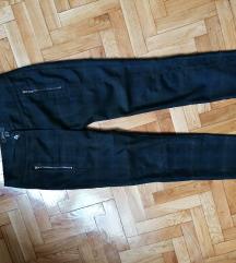 MANGO predivne pantalone EUR36