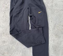 Nike trenerka original M
