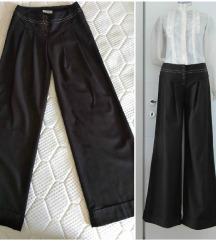 Odlicne ZVONASTE  pantalone, siroke nogavice S/XS