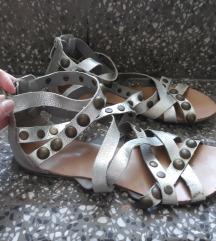 Srebrne sandale br.39
