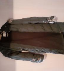 maslinasto zelena zimska jakna