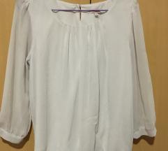 SNIZENJE C&A bela košulja