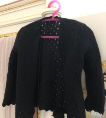 Crni džemper