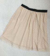 Interesantna cipkana suknja