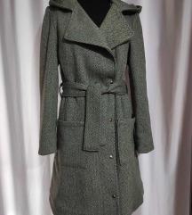 Nov debeo kaput sa kapuljacom