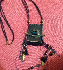 Brosh plava duga ogrlica