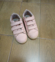 H&M decije nezno roze patike...