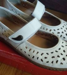 Ara kozne bele rupicaste sandale baletanke