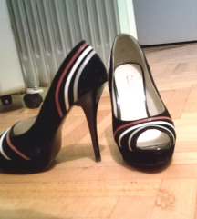 399!!! Crne cipele sa štiklom i platformom
