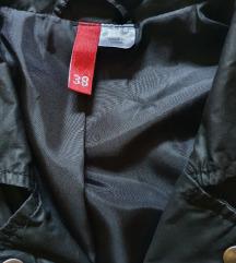 H&M crna jaknica