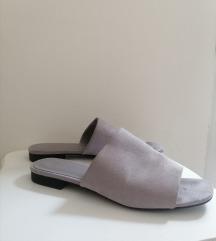 SNIZENO Ravne papuce/mules