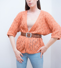 Narandžasti džemper 🧡🤍