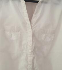 teksas jakna i bela košulja..