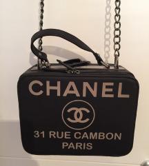 ** Chanel torba NOVO **