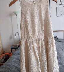 Bela letnja haljina bez ledja