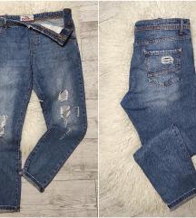 TRN oversized vrhunske ripped jeans M, kao NOVO
