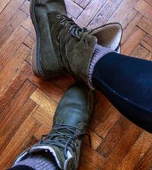 Zimske cizme sa krznom