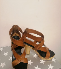 %%Givenchy klompe sandale