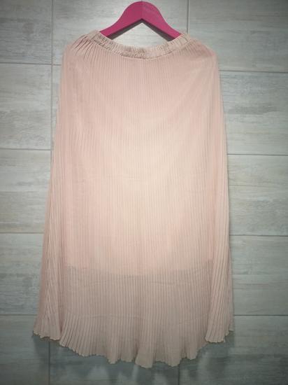 Plisirana puder roze suknja