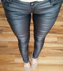 Maslinaste kozne pantalone
