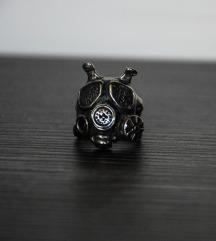 Nov unikatan prsten od hirurškog čelika