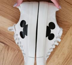 Pull and Bear patike Mickey Mouse