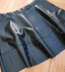Brutalna kozna suknja
