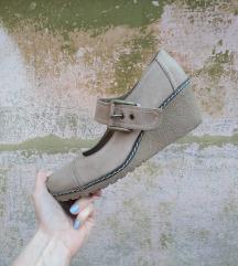 Cipele na manju platformu