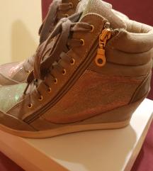 Patike/cipele puna peta