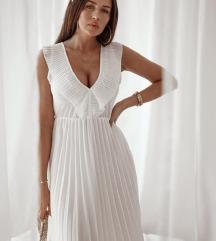 plisirana haljina uni 2000