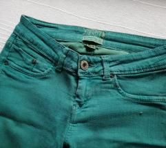 Bershka skinny zelene pantalone/farmerke
