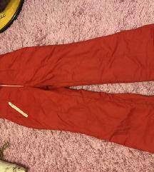Slijaske pantalone 36