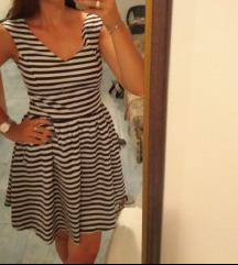 Zara mornarska haljinica