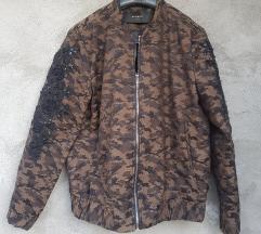 RESERVED Zenska maskirana jakna Vel 40