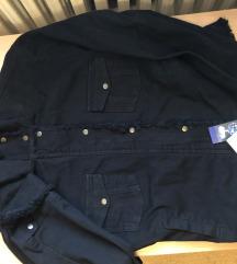 jaknica nova sa etiketom