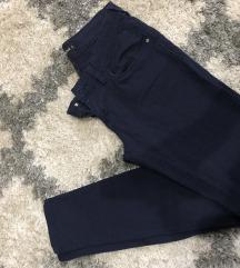 Teget pantalone Teranova