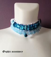 Pastelno plavi lolita choker sa zvoncem