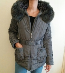 Zimska jakna sa pravim krznom M