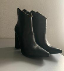 Crne čizme na štiklu nove, nikad nošene