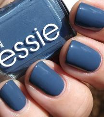 Essie lak za nokte novo