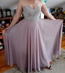 Svecana haljina, za posebne prilike.