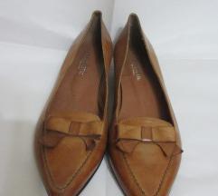 Nove kozne cipele 39/25