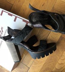 Novo original Paar sandale 39