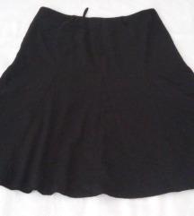 Yessica intenzivno crna suknja A kroj