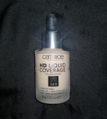 Catrice HD liquid coverage 010 Light beige